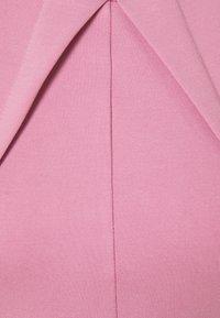 Closet - PLEATED SLEEVE DRESS - Jersey dress - light pink - 2