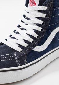 Vans - SK8 MTE - Höga sneakers - navy/true white - 6