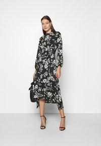 Dorothy Perkins - LARGEFLORAL HEMMIDI DRESS - Kjole - black - 1