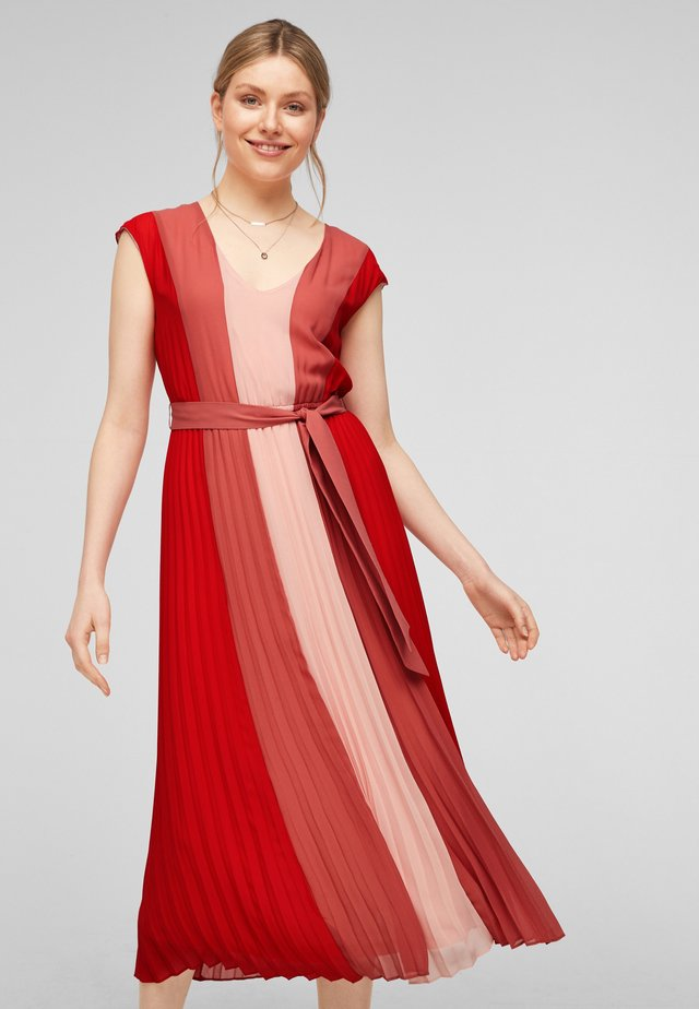 Korte jurk - red colourblock