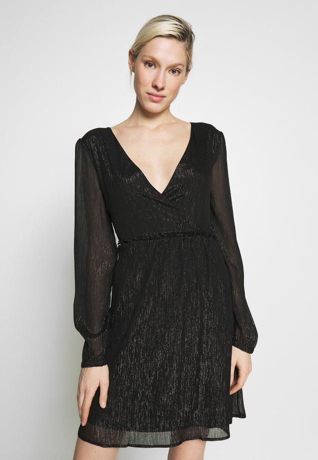 VIBETANI DRESS - Vestito elegante - black