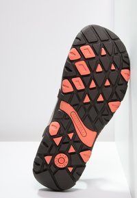 Merrell - SANDSPUR  - Walking sandals - earth - 4
