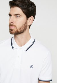 Selected Homme - SLHNEWSEASON - Polo - bright white - 4