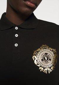 Versace Jeans Couture - Koszulka polo - black - 5