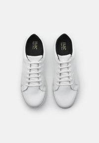 NAE Vegan Shoes - BASIC VEGAN - Tenisky - white - 3