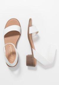New Look Wide Fit - WIDE FIT POWER BLOCK HEEL - Sandaler - white - 3