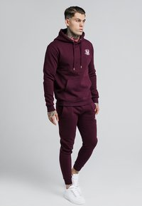 SIKSILK - MUSCLE FIT OVERHEAD HOODIE - Mikina s kapucí - burgundy - 1