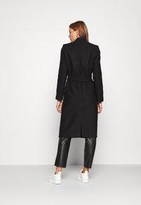 IVY & OAK - DOUBLE COLLAR COAT - Classic coat - black - 2