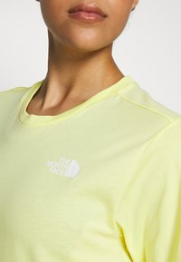 The North Face - W BF SIMPLE DOME - T-shirts - stinger yellow - 5