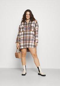 Missguided Plus - OVERSIZED SHIRT DRESS BRUSHED CHECK - Skjortekjole - pink - 1
