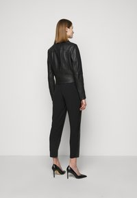 Pinko - SENSIBILE CHIODO - Leather jacket - black - 2