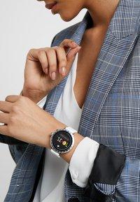kate spade new york - RAVEN - Smartwatch - white - 0