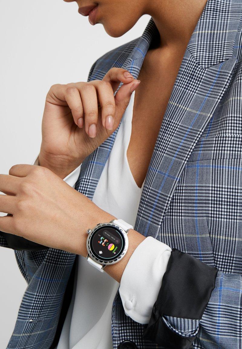 kate spade new york - RAVEN - Smartwatch - white