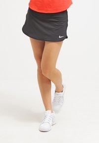 Nike Performance - PURE - Rokken - black/white - 0
