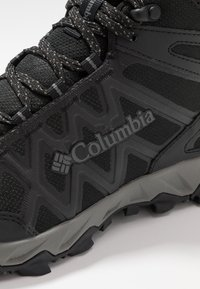 Columbia - PEAKFREAK X2 MID OUTDRY - Hiking shoes - black/titanium - 5