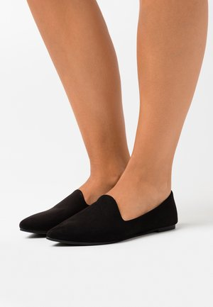 ESSENTIAL TIANA  - Loafers - black