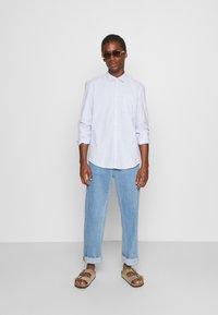 TOM TAILOR DENIM - OXFORD - Formal shirt - light blue white oxford - 1