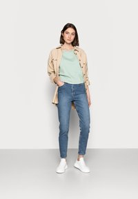 NA-KD Tall - MOM  - Jeans baggy - light blued - 1