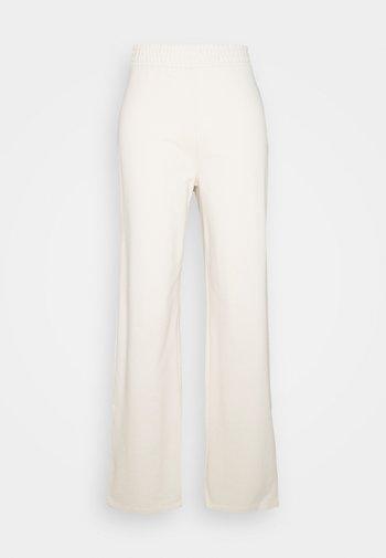 ONLDREAMER FLAIR SLIT PANTS - Tygbyxor - birch