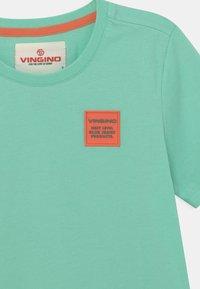 Vingino - HAMIM - Print T-shirt - active mint - 2