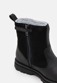 Timberland - COURMA KID UNISEX - Korte laarzen - black - 5