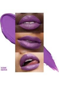 Smashbox - BE LEGENDARY PRIME & PLUSH LIPSTICK - Lipstick - 29 some nerve - 2