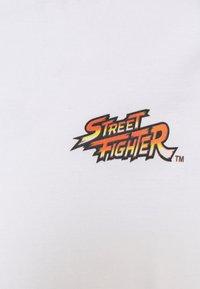 Nominal - STREET FIGHTER TEE - Print T-shirt - white - 2