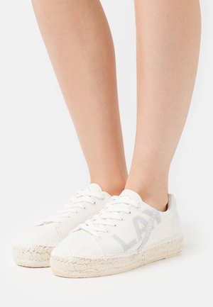 RYET - Casual lace-ups - white
