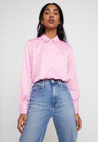 Miss Selfridge - BUBBLEGUM - Camicia - pink - 0