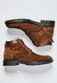 Pepe Jeans - PORTER  - Šněrovací kotníkové boty - cognac - 1