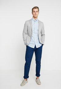 GANT - DITZY HUSK  - Hemd - white/blue - 1