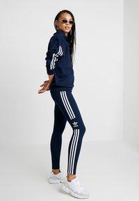 adidas Originals - ADICOLOR TREFOIL TIGHT - Leggings - collegiate navy - 1