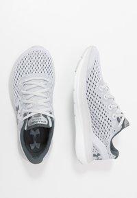 Under Armour - CHARGED IMPULSE - Neutrální běžecké boty - halo gray/white/pitch gray - 1