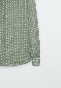 Massimo Dutti - SLIMFIT - Shirt - evergreen - 4