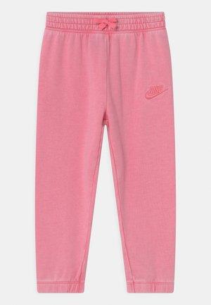 WASHED - Teplákové kalhoty - pink
