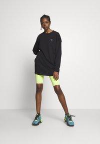 adidas Originals - FAKTEN LONG SWEATER LONG SLEEVE PULLOVER - Sweatshirt - black - 1
