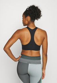 Nike Performance - BRA PAD - Sports-BH - black/white - 2
