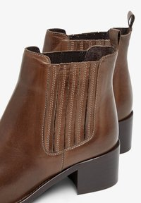 Bianco - BIACAROL  - Classic ankle boots - mediumbrown - 4