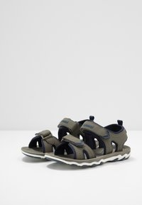 Hummel - SPORT - Walking sandals - deep lichen green - 3