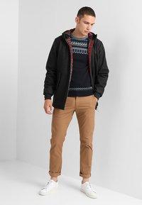 HARRINGTON - FRANCKY HOODED - Krátký kabát - gris - 1