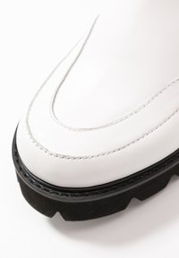 Ilse Jacobsen - MILEY - Kotníkové boty na platformě - white sugar - 2