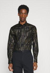 Twisted Tailor - SAGRADA SHIRT - Camicia - black/gold - 0