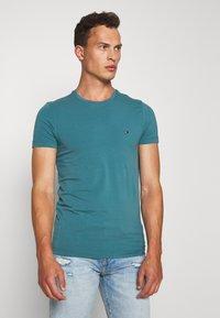Tommy Hilfiger - T-shirt basic - green - 0
