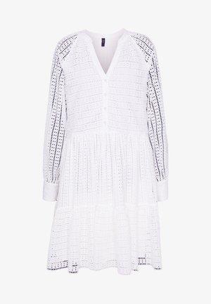 YASSIA DRESS - Shirt dress - star white
