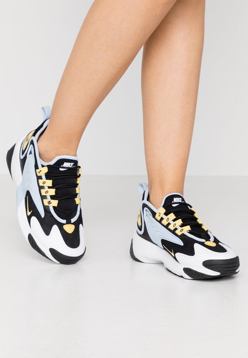 Nike Sportswear - ZOOM 2K - Sneakers - black/metallic gold/white/sail/gym red