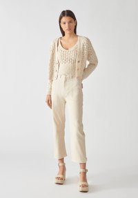 PULL&BEAR - Relaxed fit jeans - beige - 1