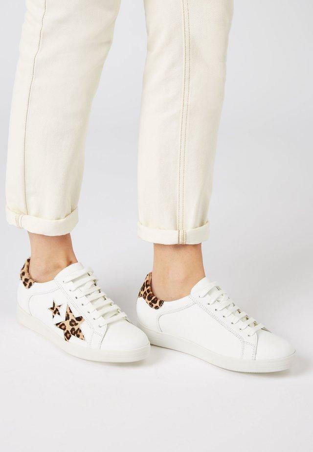 ANIMAL SIGNATURE STAR  - Zapatillas - white
