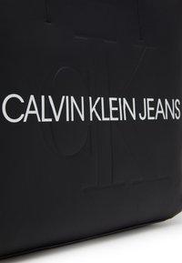 Calvin Klein Jeans - SHOPPER - Shopping Bag - black - 3