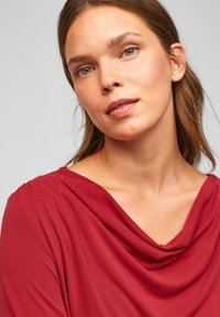 s.Oliver BLACK LABEL - Long sleeved top - bright red - 3