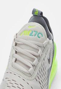 Nike Sportswear - NIKE AIR MAX 270 - Sneakers laag - light bone/black-volt-particle grey - 5